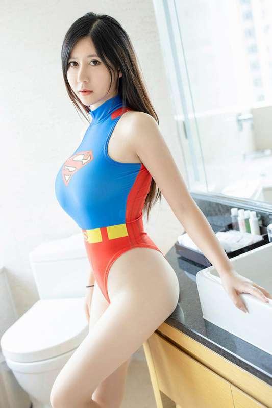 肉丝女超人制服李雅圆乳丰臀艳色绝世
