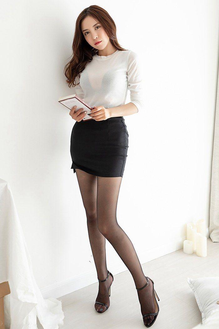 巨乳女秘书陈思琪黑丝美腿格外迷人